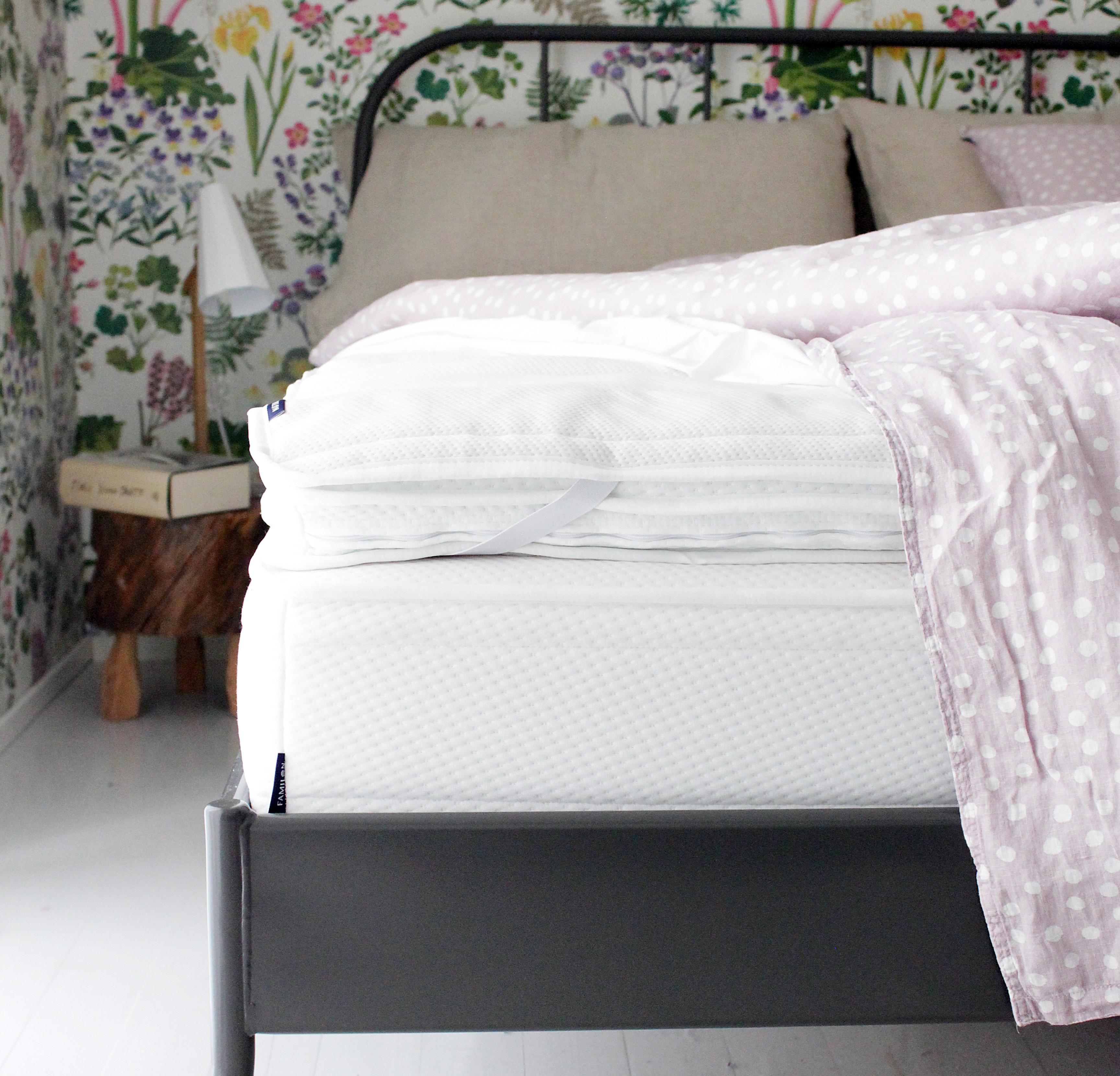 Täydellinen makuuhuone Familon Jousto -joustinpatja ja Ergo Aeroflex -sijauspatja