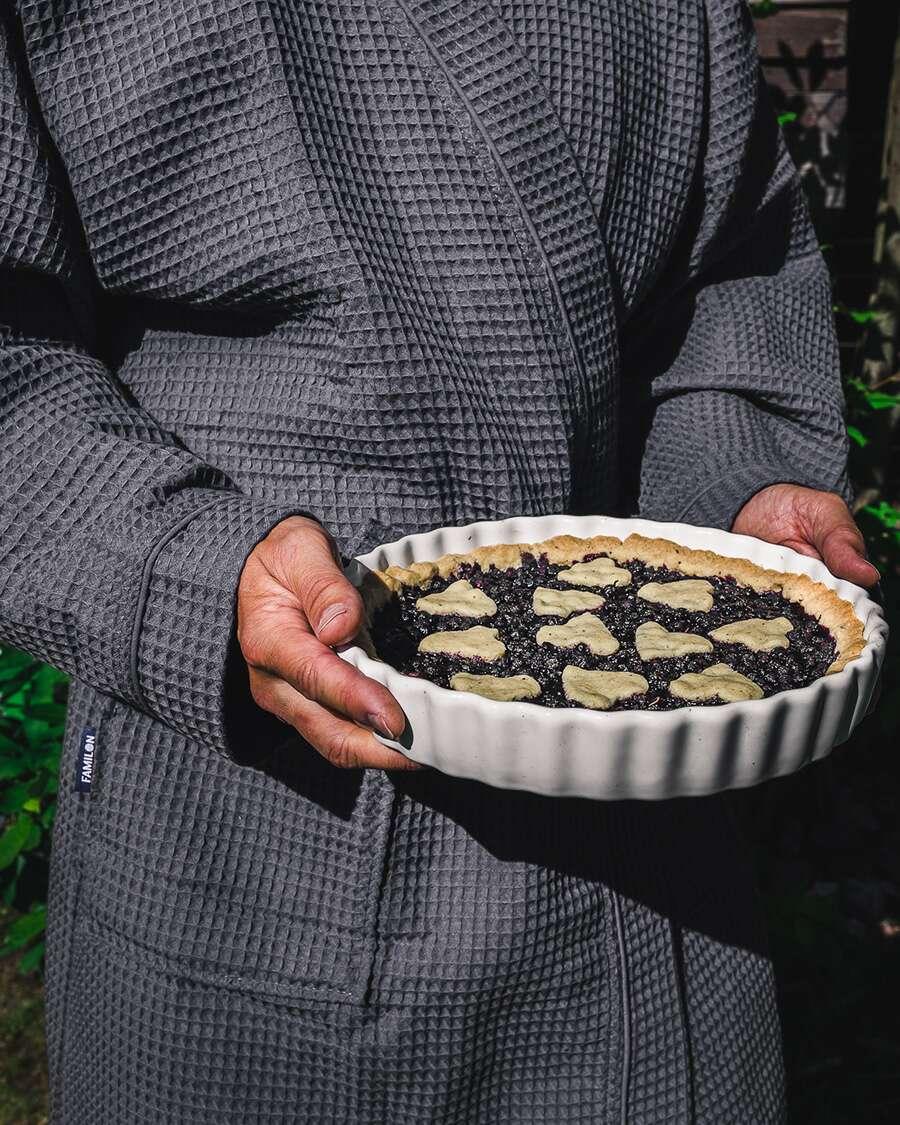 my-berry-forest-resepti-mustikkapiirakka-familon-kylpytakki
